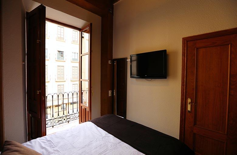 apartamento-turistico-en-granada-para-4 (2)
