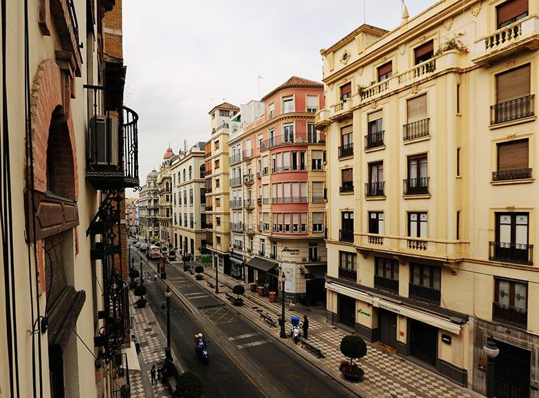 apartamentos-turisticos-con-vistas-a-granada (2)