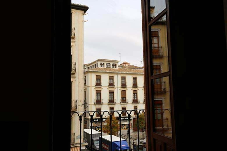 apartamentos-turisticos-en-el-centro-de-granada-para-4 (2)